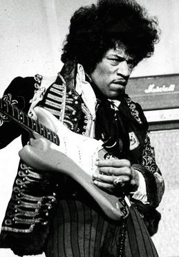 Jimi_Hendrix_1967_cropped.jpg
